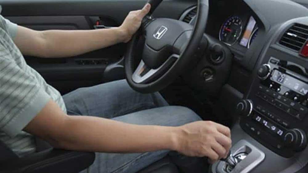 Điều chỉnh tư thế và độ cao ghế lái
