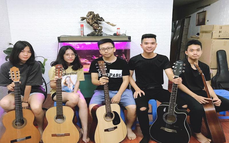 khoa-hoc-guitar-co-ban-chat-luong